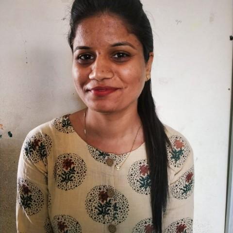 Ms.Himanshi Mandloi(Art & Craft)